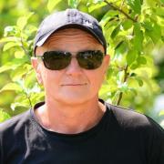 Поклейка фотообоев, Сергей, 58 лет