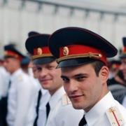 Генеральная уборка в Ярославле, Роман, 32 года
