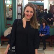 Юристы у метро Выхино, Анна, 31 год