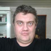 Установка котлов отопления в Саратове, Максим, 48 лет