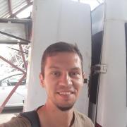 Курьер на месяц в Владивостоке, Александр, 36 лет