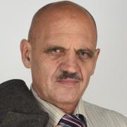 Оформление сделок с недвижимостью через нотариуса, Валерий, 68 лет