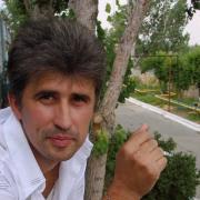 Стоимость установки светодиодных светильников на потолке в Астрахани, Михаил, 51 год