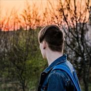 Фотостудия с интерьером офиса в Астрахани, Павел, 20 лет
