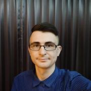 Служба курьерской доставки в Владивостоке, Денис, 26 лет