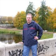 Прокол ушей, Андрей, 53 года
