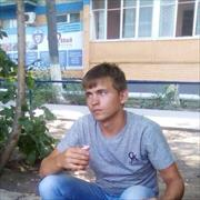 Ремонт комнат в общежитии в Астрахани, Марат, 24 года
