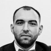 Юристы у метро Планерная, Александр, 40 лет