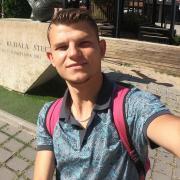 Доставка еды из ресторанов - Окская, Илья, 32 года
