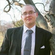 Юристы у метро Третьяковская, Тарас, 27 лет