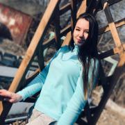 Обслуживание аквариумов в Хабаровске, Аида, 23 года