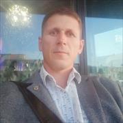 Садовники, Денис, 42 года