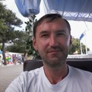 Монтаж уличного освещения в Набережных Челнах, Ильшат, 42 года