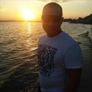 Стоимость установки заборов из кирпича в Астрахани, Ахмеди, 34 года