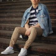 Цены на резку мрамора в Челябинске, Василий, 19 лет
