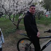 Сколько стоит установка пластикового плинтуса, Алексей, 44 года