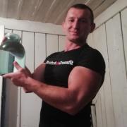 Вскрытие дверных замков в Хабаровске, Олег, 42 года