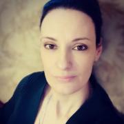 СОУТ, Екатерина, 44 года