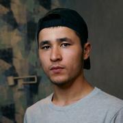 Поклейка флизелиновых обоев, Караматов, 26 лет